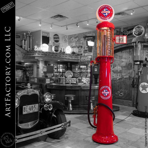 Vintage Skelly Gas Pump