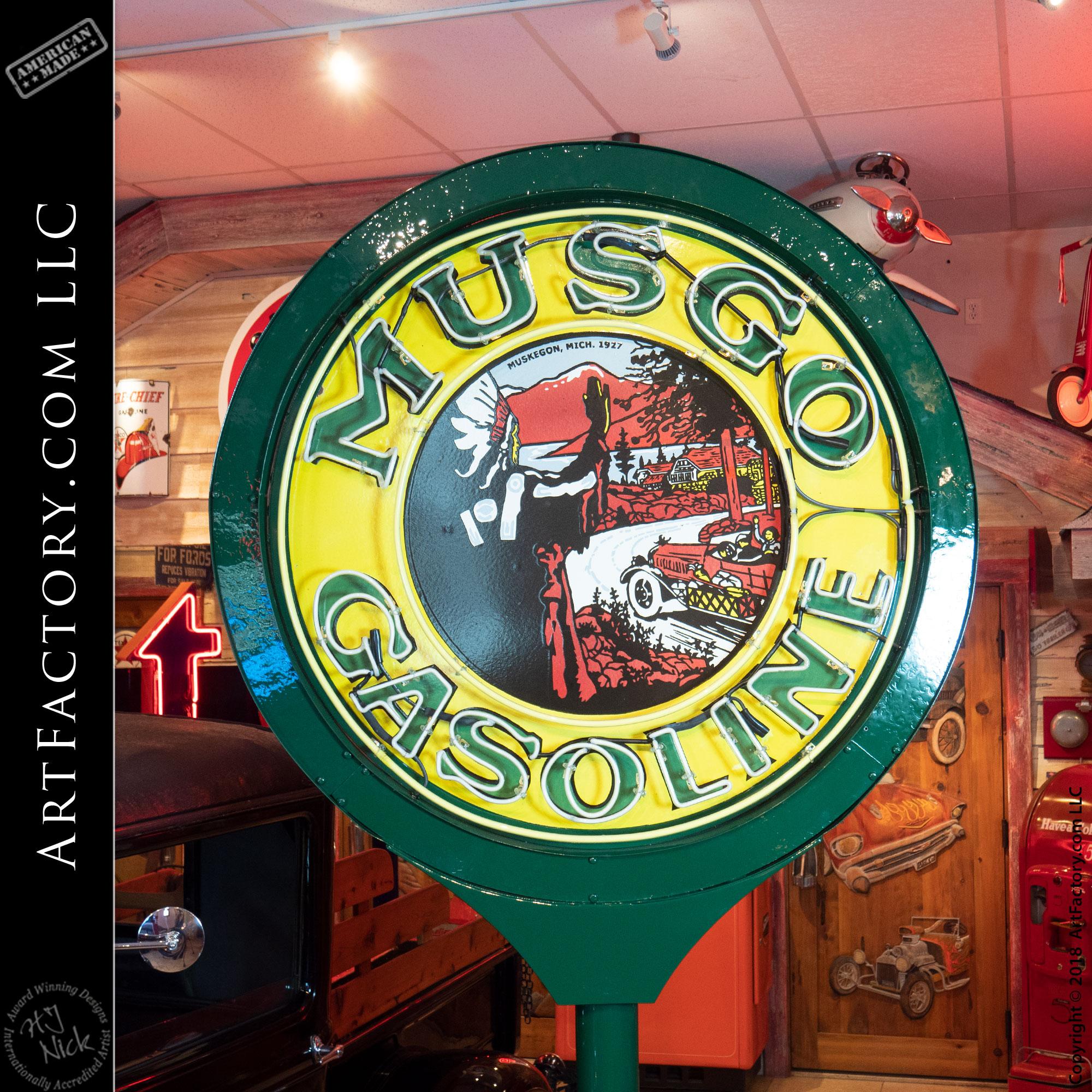 Vintage Neon Musgo Gas Sign
